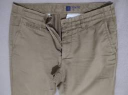 Título do anúncio: Calça Sarja masculina, GAP, 40, usada.