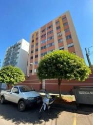 Apartamento com 3 dormitórios para alugar, 84 m² por R$ 1.100,00/mês - Vila Marumby - Mari