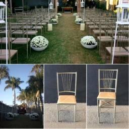 Título do anúncio: Cadeira em ferro empilháveis
