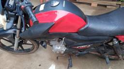 Título do anúncio: Vende-se esta moto YBR facto....