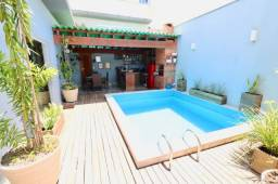 Título do anúncio: Casa com 3 dormitórios à venda, 253 m² por R$ 940.000,00 - Villa Verdi - Colatina/ES