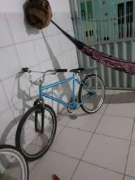 Bike pra trocar em celular ou vende valor 400