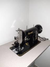 Título do anúncio: Máquina de costura Vigorelli + Bancada (impecável)