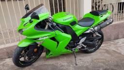 Título do anúncio: Kawasaki zx10r verde 2007