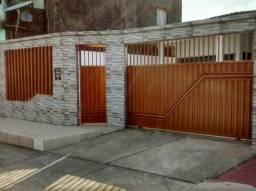 Linda Casa Com 3 Quartos em Vila- Tapana