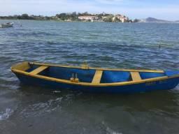 Barco de madeira para passeio e pesca** remo - 2015