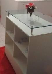 Balcão para loja em vidro temperado