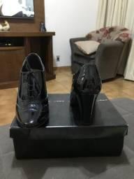 Sapato de verniz Lara