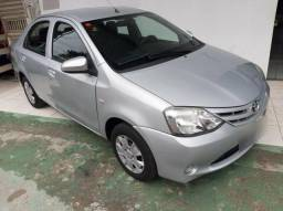 Toyota etios 1.5 2014 completo/FINANCIO - 2014