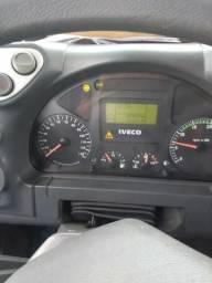 Cavalo toco Iveco 330 - 2011