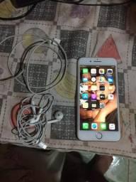 IPhone 8 plus 64 gigas novinho com fone e carregador