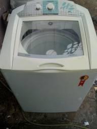 Máquina de lavar 13 kg funcionando normalmente com entrega
