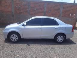 Etios Sedan XS - 2017