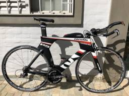 Bicicleta bike triathlon Cervelo P5 Three 10v carbono tam 56