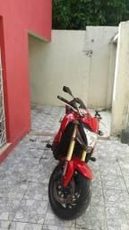 Moto cb 1000 conservada - 2013