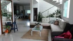 Alugo casa, 5 quartos, 3 suítes, closet e varanda, condomínio, Lauro de Freitas