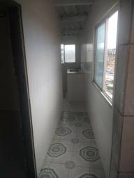 Alugo 1/4 sala.cozinha.banheiro.proximo matenidade.nova pau miudi