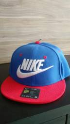 Boné Nike true