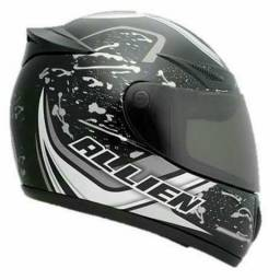 Capacete tipo Speed, F1. (bt)