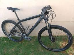 Bicicleta MTB First aro 29 c/Kit Alívio/ Susp. Ar (parcelo 12x)