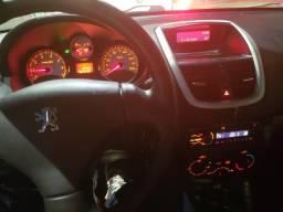 Vendo Peugeot passion 207 XR - 2013