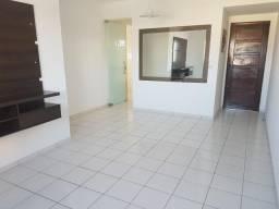 Apto no Bessa, localização privilegiada, 2Qrts-s/1-suite, em avenida principal
