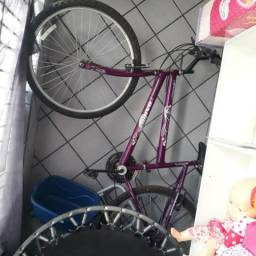 Bicicleta e jump