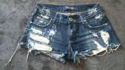 Short jeans em ótimo estado