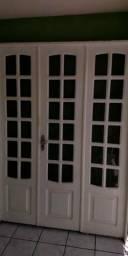Lindas portas em madeira