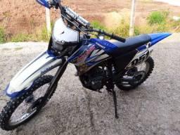 Moto TTR 230