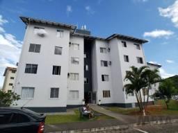 Apartamento com 3 dormitórios para alugar, 55 m² por R$ 799,00/mês - Boehmerwald - Joinvil