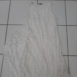 Vestido longo rendado branco