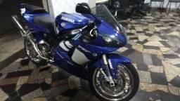 R1 linda moto - R$25.000  * - 2004