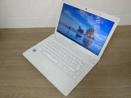 Notebook Samsung, Core i3, 8GB de RAM, 500GB de HD