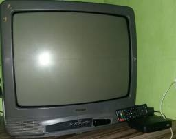 Televisão  marca sanyo 20 polegadas com conversor.