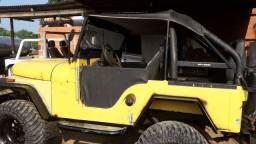 Vendo esse jeep