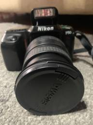 Câmera Nikon F50 e Lente Sigma 28-200mm