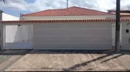 Casa com 03 dormitórios, piscina no bairro Stella Maris, em Peruíbe