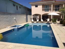Casa com 7 suítes e piscina em Paraty