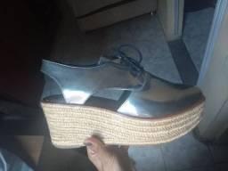 Sapato semi-novo
