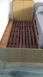 Cama + colchão de solteiro 1,88x0,80cm