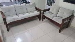 Título do anúncio: Jogo de sofá em madeira envernizado 3 e 2 lugares