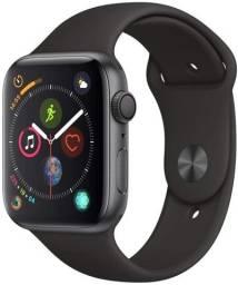 Título do anúncio: apple watch nike series 4 44mm sou de Caruaru