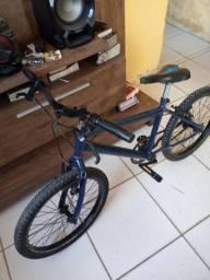 Bike para garoto sair pedalando  semi nova