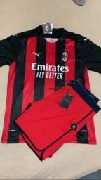 Título do anúncio: Bermuda hurley + camisa do Milan