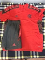 Título do anúncio: Brechó : Conjunto do Flamengo treino usado 2x original