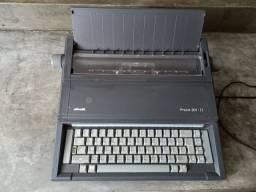 Máquina de escrever Olivetti Praxis 201 II