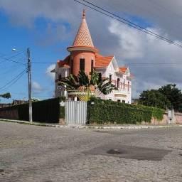 Título do anúncio: Vendo Castelo Cinematográfico No Bairro de Jaguaribe