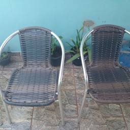 Vendas e reformas de cadeiras de área e de junco e de cordinha de macarrão