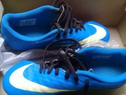 Chuteira Nike N 37